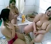 Bhabhi babes showering