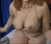 Astounding Indian aunt strips nude on cam