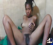 South African hottie tries a cam show