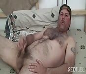Hairy daddy's solo webcam show