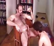 Follada gay entre joven y maduro
