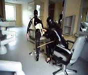Sesso BDSM in ufficio