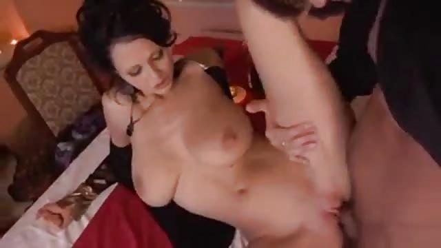 Procace milf sesso hardcore