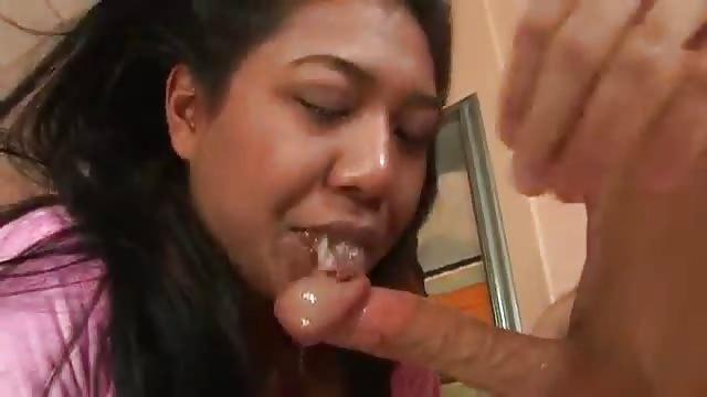 asiatico deepthroat pompino