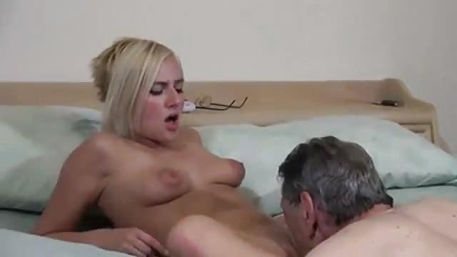 Gerade Volljährig Pornofilme