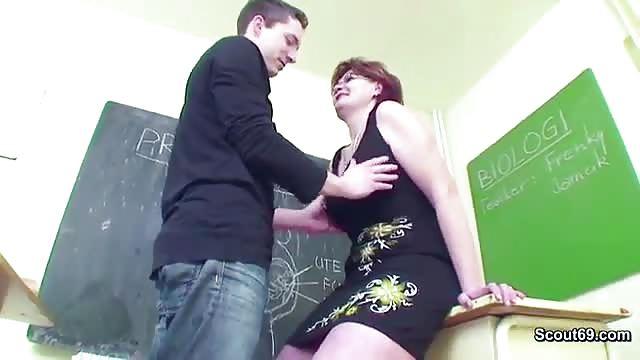 oudere leraar porno Amateur grote lul