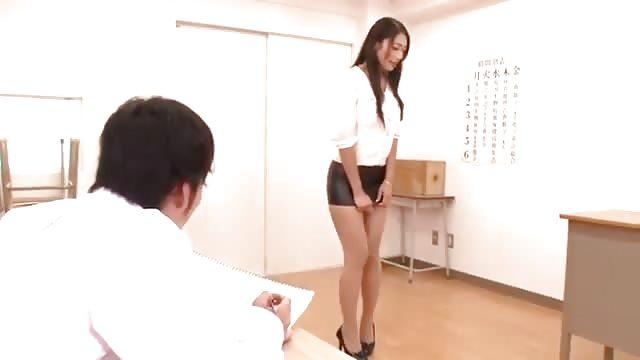 Vollbusige Rothaarige Lehrerin