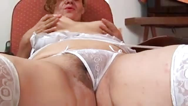 Another big titts mature r20