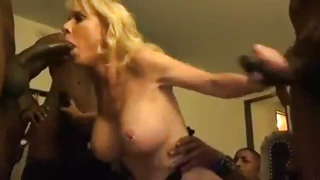 Blondes prenant de grosses queues transexuelle gros seins coq