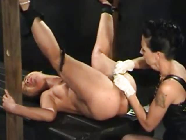 Lesbiennes BDSM porno