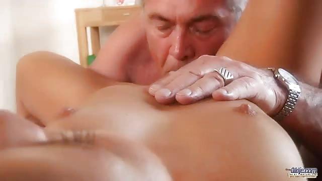 Anziani uomini sesso video