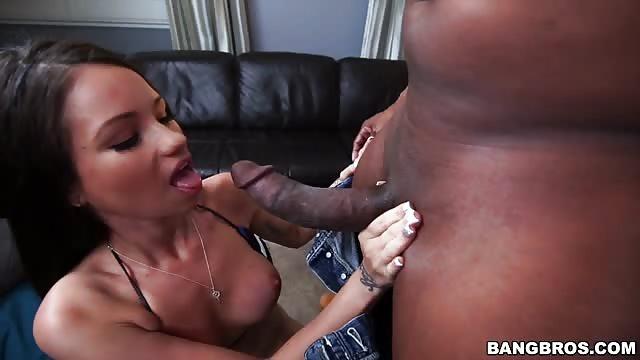 Big Fat Black fille ayant sexe