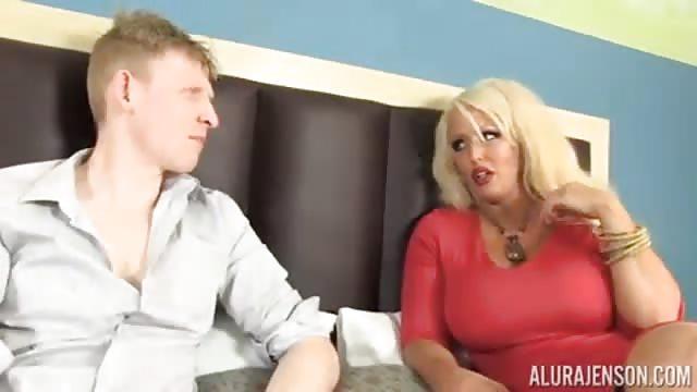 Erotische Blondine Zerschmettert