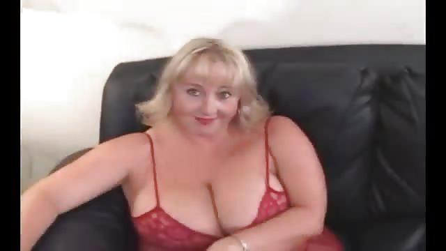 Sesso anale con una ragazza grassa