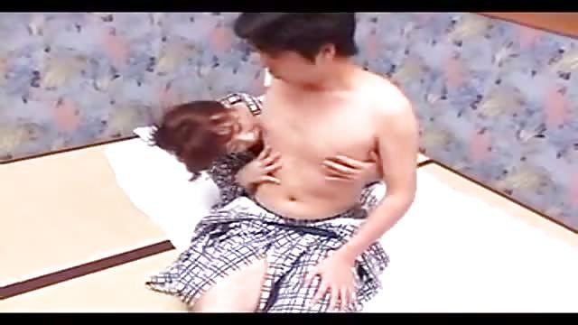 Asiatico mamma figlio sesso video