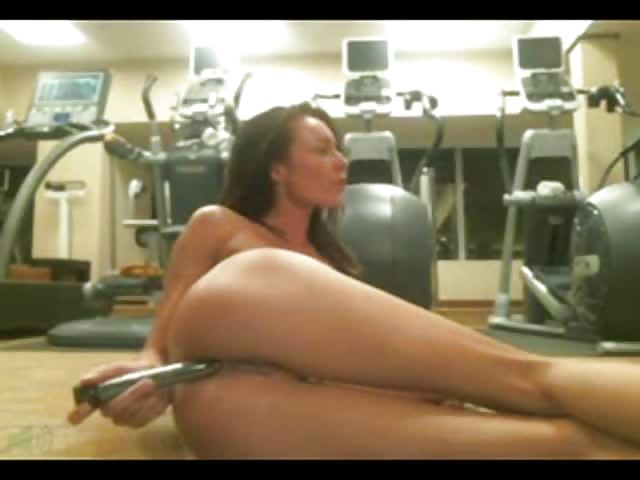 Masturbating in the gym