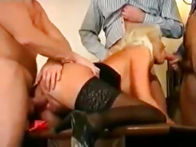 Troia milfs pornoCartoon valle porno video