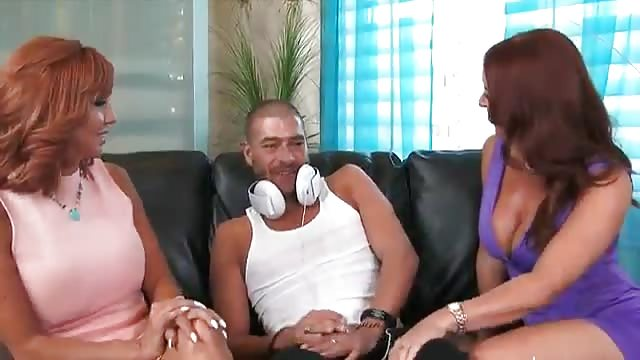 Mature bisexual threesome videos, solo young girls porn