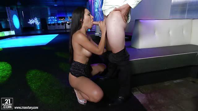 Lavement porno tubes