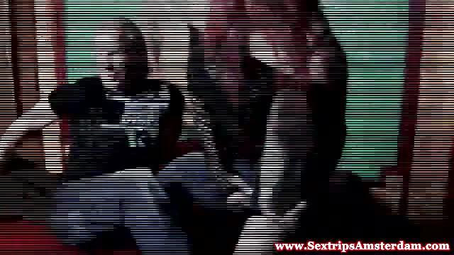 Nutte In Dessous Reitet Mann Auf Couch