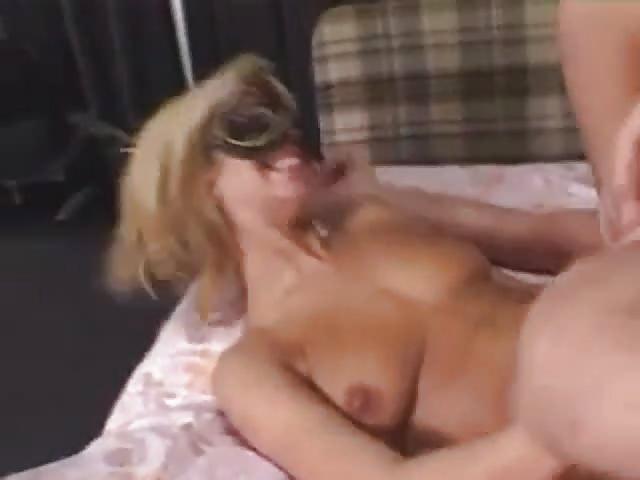 Solo asiatico porno