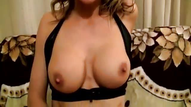 Gratis MILF porno trailer video