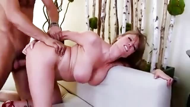 Mom debt fuck video and young