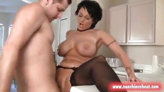 Videos porno de julian mcmahon-3205