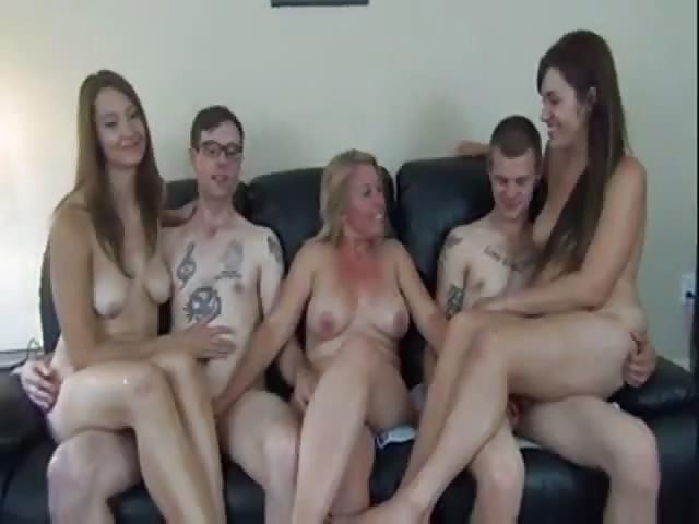 amatoriale sesso di gruppo video