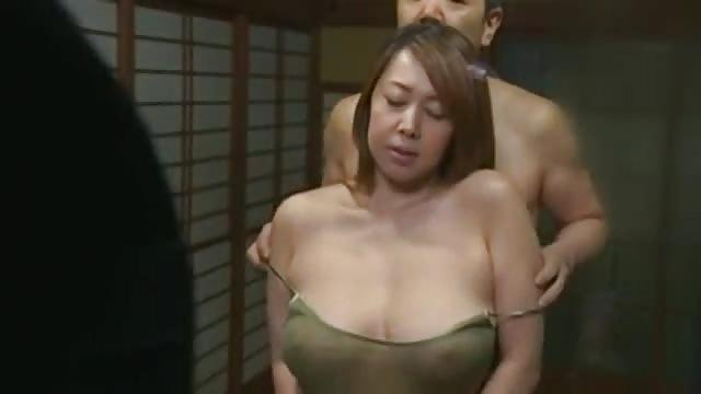 Japanese chubby milf  2