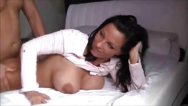 Vorweihnachtliche Fickerei im Porno Deutsch