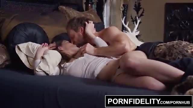 Sexy Brünette Geknallt